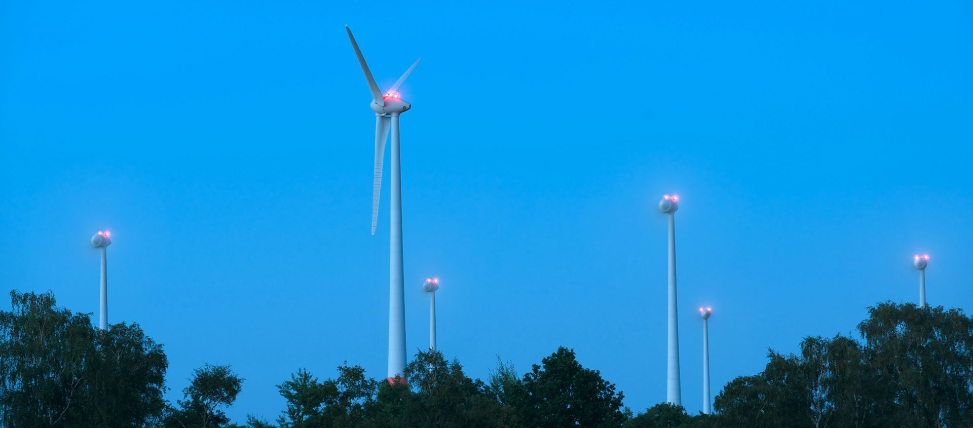 Wind Turbine Obstruction Lighting Solutions Popular Worldwide