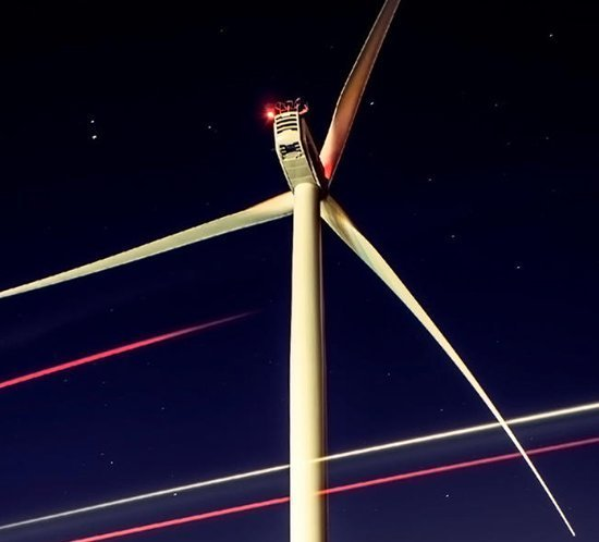 Flash Technology's experts review North American obstruction lighting for North American Windpower article