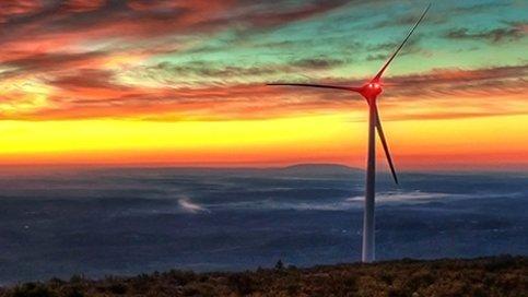 Iluminación LED de obstrucción de turbina eólica para parques eólicos