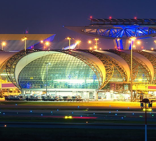 Bangkok International Airport utilizes the FTS 800 approach lighting system