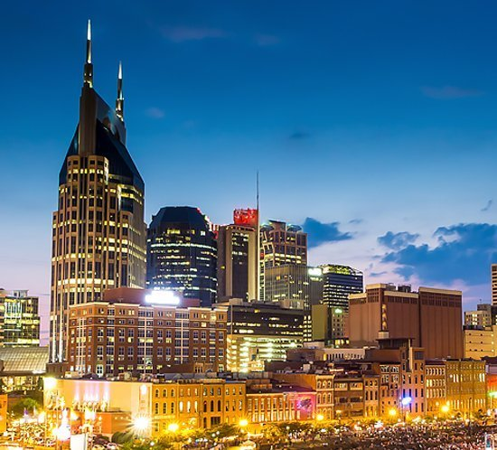The Westin hotel in Nashville, Tennessee uses the FTS 361X-5 L-864 Medium Intensity Red Obstruction Lighting System