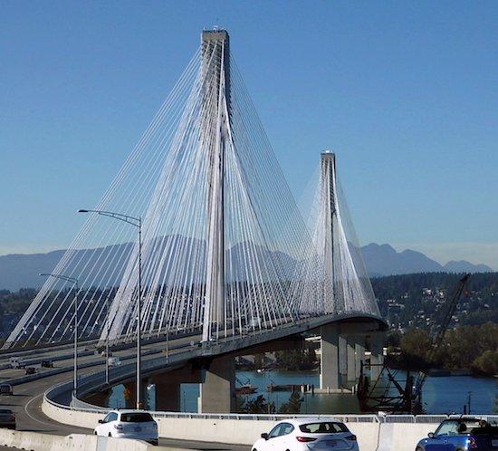 Vancouver Port Mann Bridge FTB 225 high intensity strobe