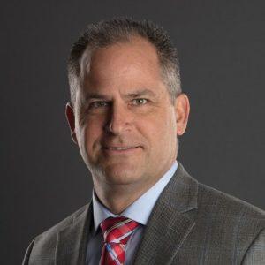 Pete Bruce, Vicepresidente de gestión de canales