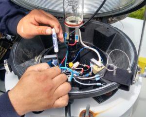Medium intensity xenon flashhead maintenance in eastern Canada