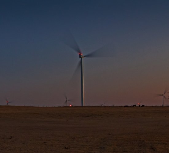 Thunder Ranch supplies the energy to brew Budweiser and is FTS 370i wind farm lighting