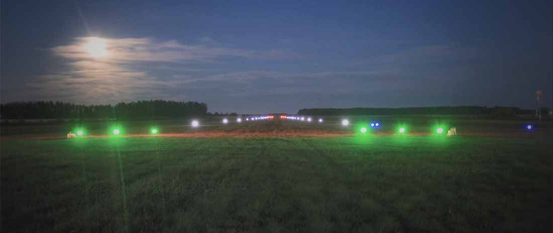 Solar airfield runway lights