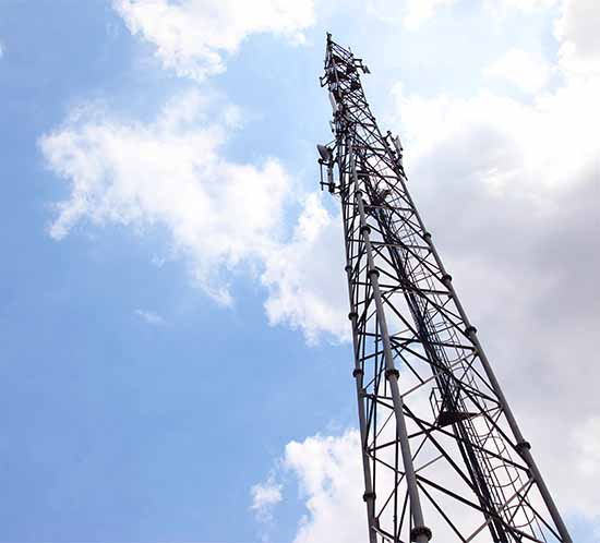 cell tower lights must be monitored for FAA compliance